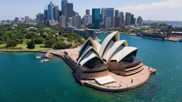 En etkileyici 20 mimari yapı| sidney opera evi-avustralya