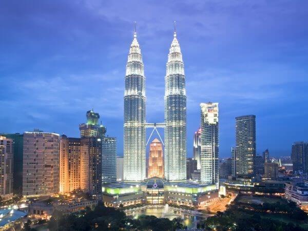 En etkileyici 20 mimari yapı| petronas kuleleri-malezya