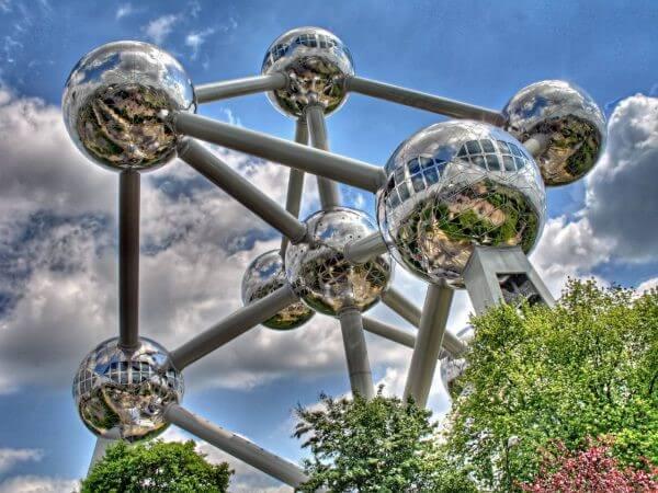 En etkileyici 20 mimari yapı| atomium-belçika