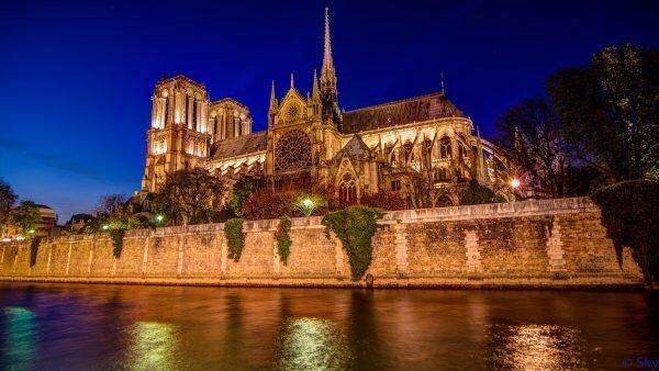 En etkileyici 20 mimari yapı| notre dame katedrali-fransa