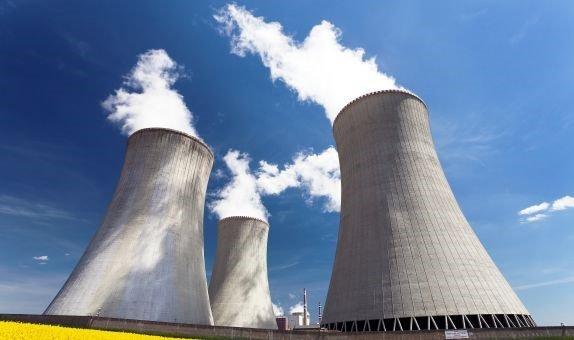 Nükleer enerji̇ bi̇ze dost mu düşman mi?