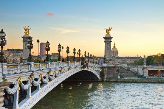III. Alexandre Köprüsü