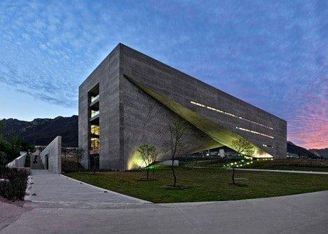 Tadao Ando Roberto Garza Sada Sanat, Mimari ve Tasarım Merkezi